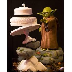 Lebdeča Star Wars torta - Yoda