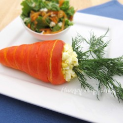 Korenčki polnjeni z jajčno ali šunkino solato